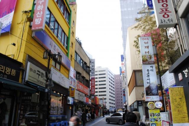 12月5日:韓国外交部、うちは法治国家ではないと改めて宣言